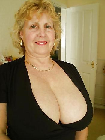 Alte Frauen Mit Dicken Titten