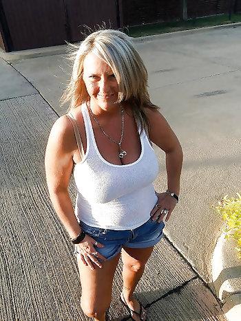 sehr attraktive Granny sucht Ficktreffen